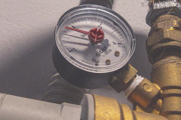 Conosciamo la caldaia.Come abbassare la pressione.